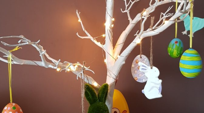 Making an Easter Tree with Hobbycraft