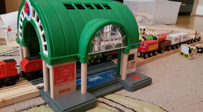 BRIO Central Train Station